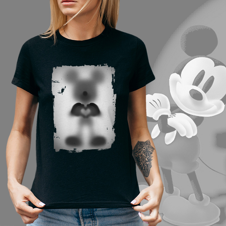 Camiseta Feminina Unissex Mickey S2 Desaparecimento Raio X Biombo Disney Mickey Mouse e Minnie (Preta) - EV