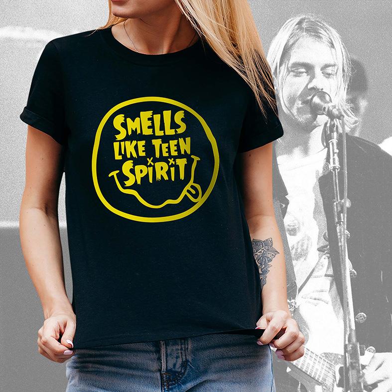 Camiseta Feminina Unissex Smells Like Teen Spirit Kurt Cobain Nirvana (Preta) - EV