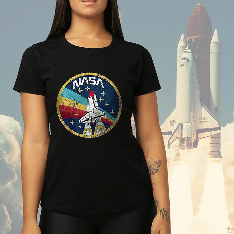 Camiseta Feminina Unissex Space Nasa Espaço Nave (Preta) - EV