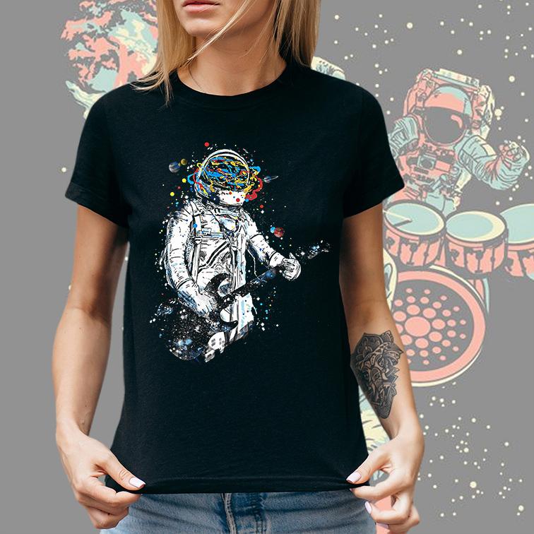 Camiseta Feminina Unissex Space Nasa Guitar Music Astronauts Colors Astronauta (Preta) - EV