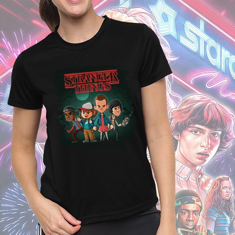 Camiseta Feminina Unissex Stranger Things Design Série (Preta) - EV