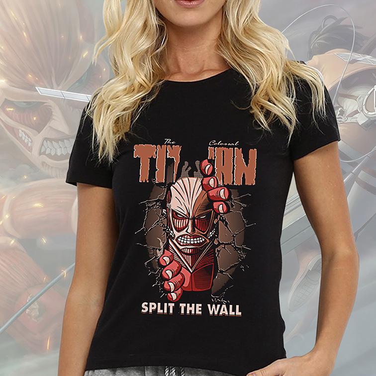 Camiseta Feminina Unissex The Colossal Titan Split The Wall Attack On Titan Anime (Preta) - EV