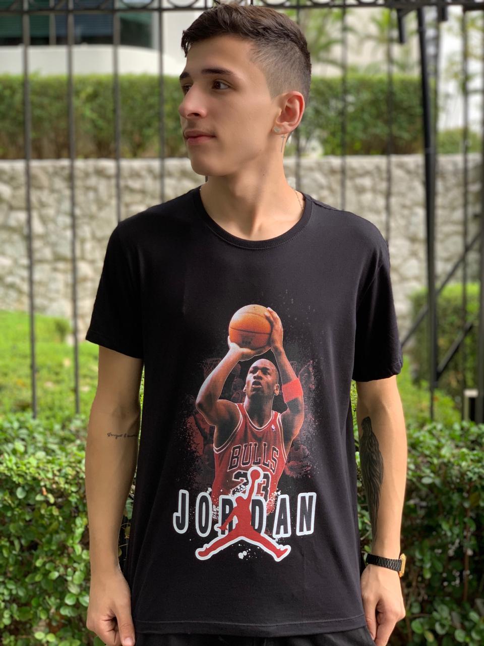 Camiseta Jordan (Preto)