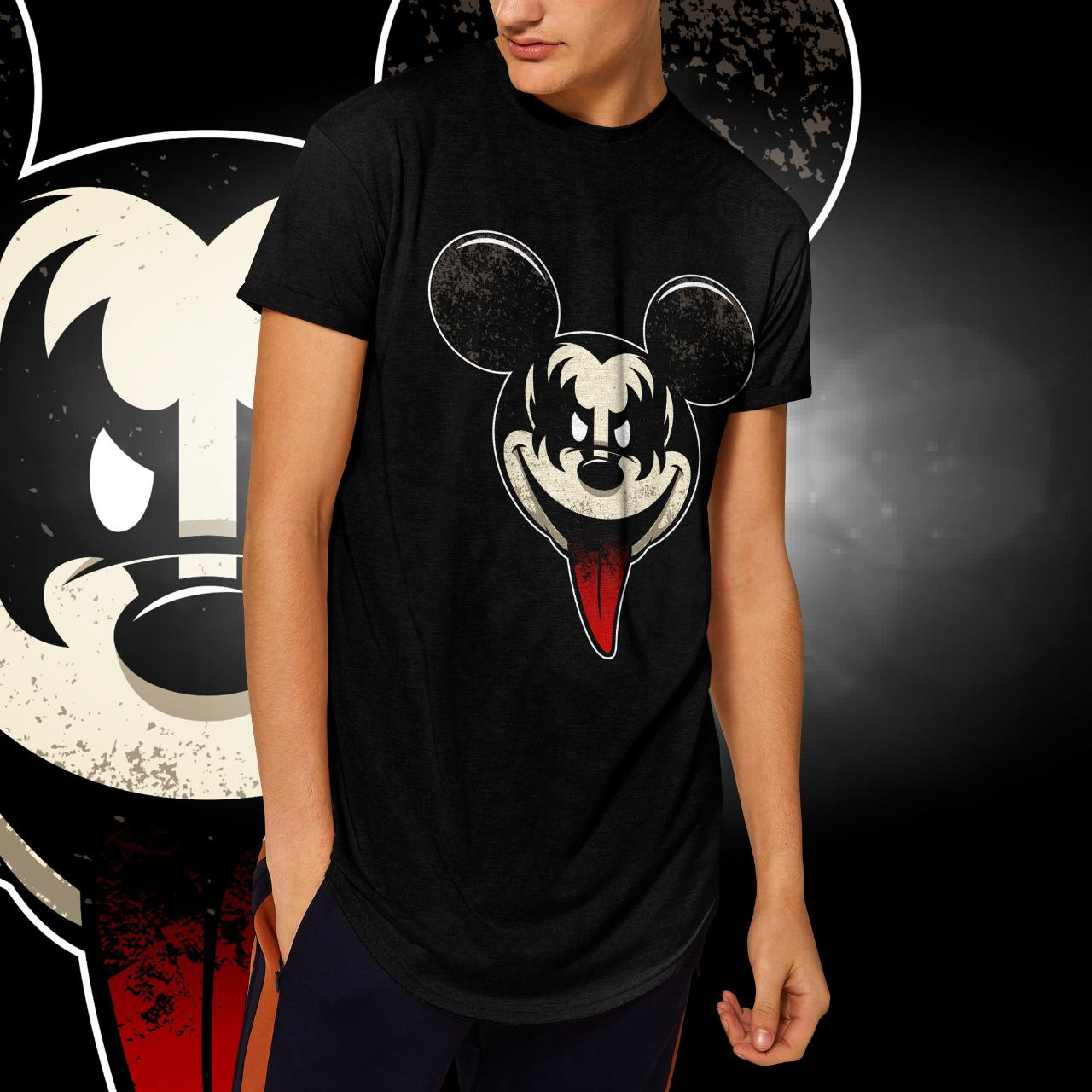 "Camiseta Long Line Masculina ""Kiss"": Mickey Mouse (Preta)"