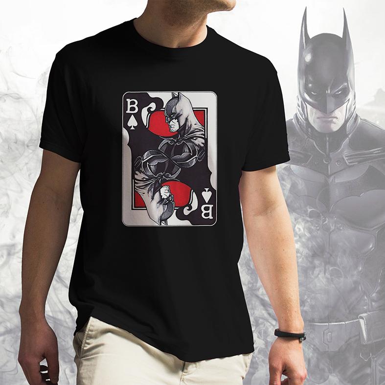 Camiseta Masculina Unissex Batman Card Chaos In Gotham Carta Caos Em Gotham (Preta) - EV