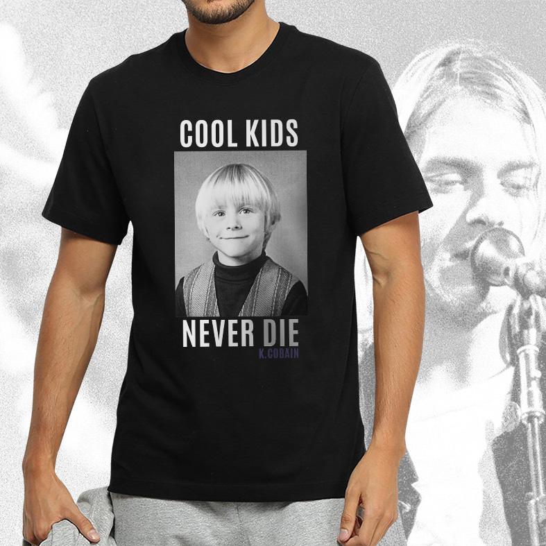 Camiseta Masculina Unissex Cool Kids Never Die Kurt Cobain (Preta) - EV