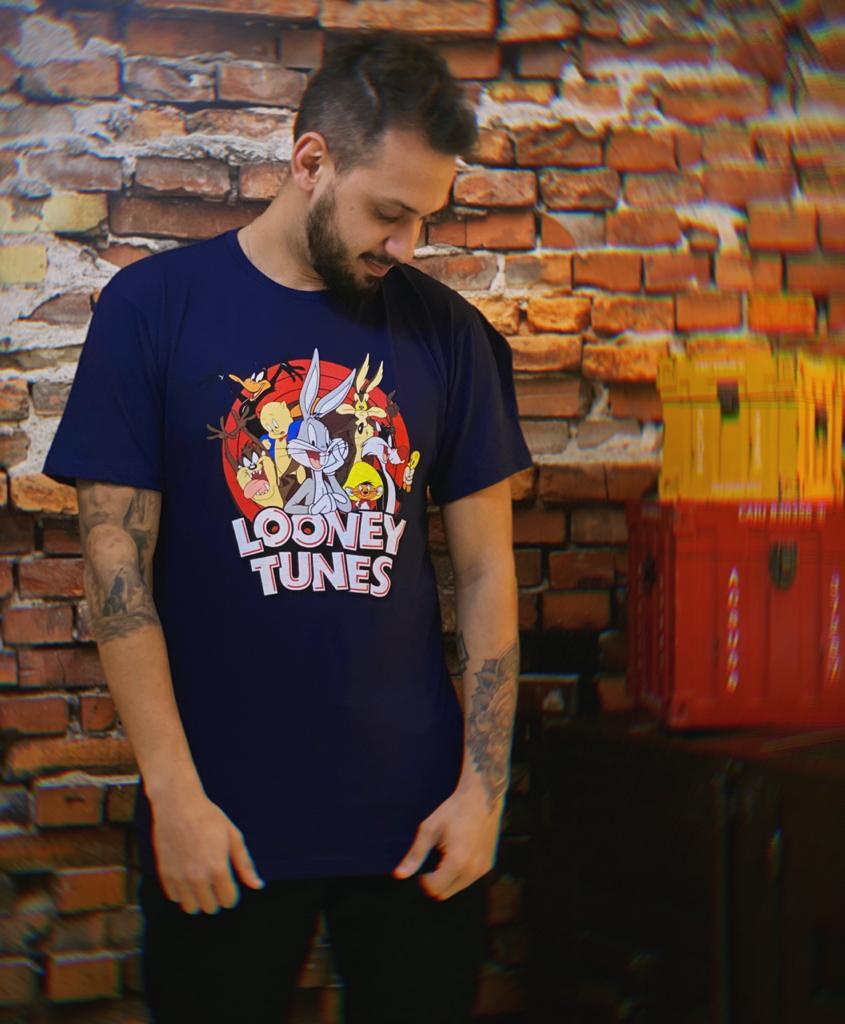 Camiseta Masculina Unissex Looney Tunes Preta
