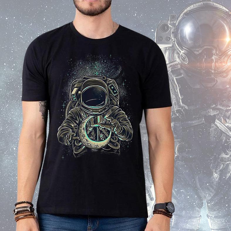 Camiseta Masculina Unissex Lover Astronauts Moon Space Nasa Astronauta (Preta) - EV