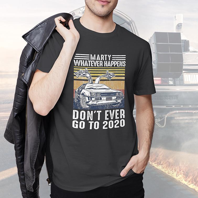 Camiseta Masculina Unissex Marty Whatever Happens Don't Ever Go To 2020 Outatime Delorean (Cinza Chumbo) - EV