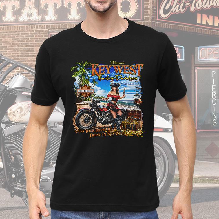 Camiseta Masculina Unissex Peterson's Key West Florida: Harley Davidson Cycles (Preta) - EV