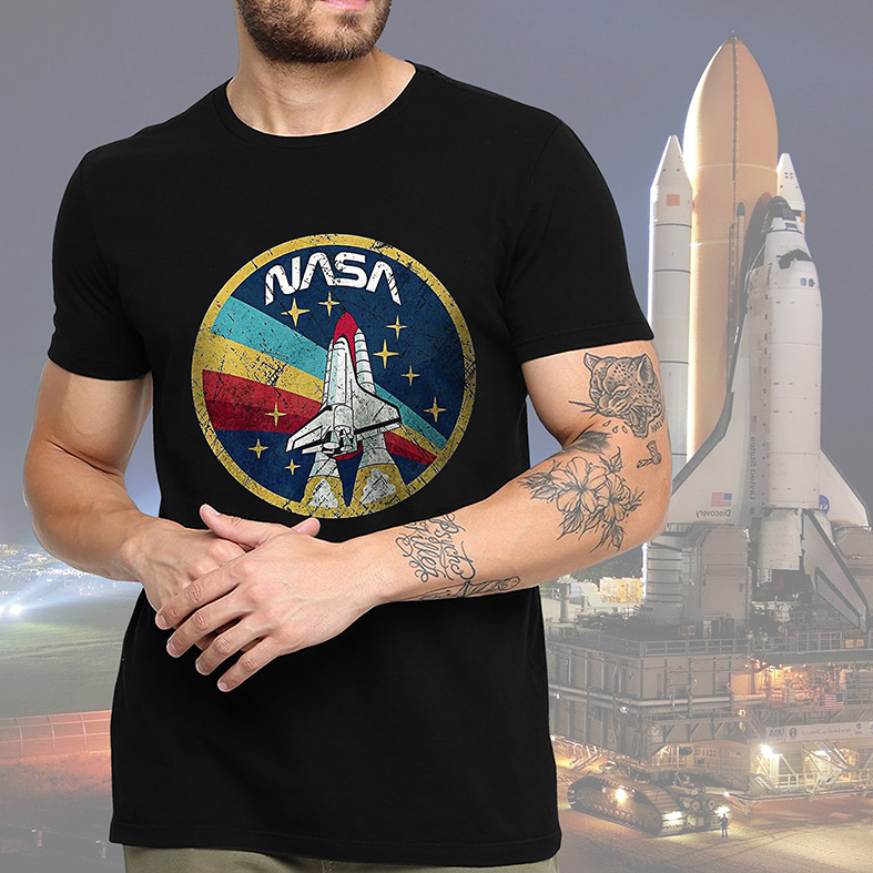 Camiseta Masculina Unissex Space Nasa Espaço Nave (Preta) - EV