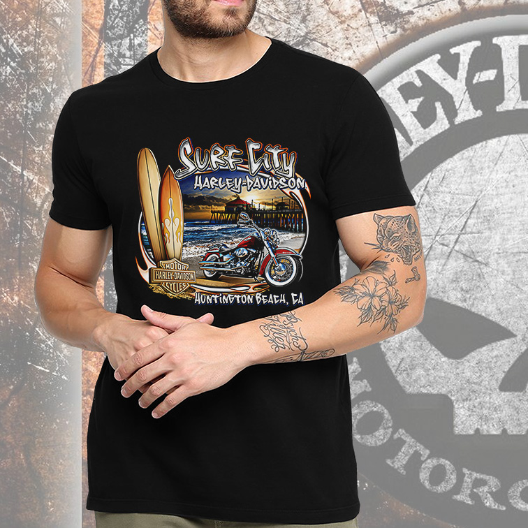 Camiseta Masculina Unissex Surf City Harley Davidson Cycles Huntington Beach CA (Preta) - EV