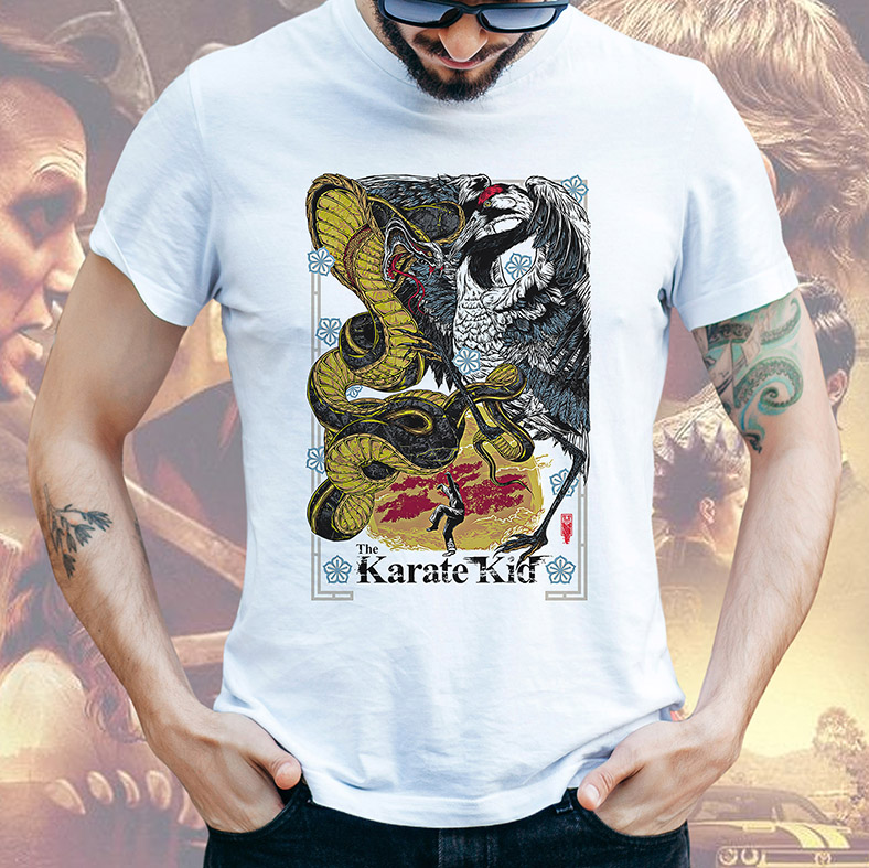 Camiseta Masculina Unissex The Karate Kid Poster Cobra Kai Miyagi Do Daniel Larusso (Branca) - EV