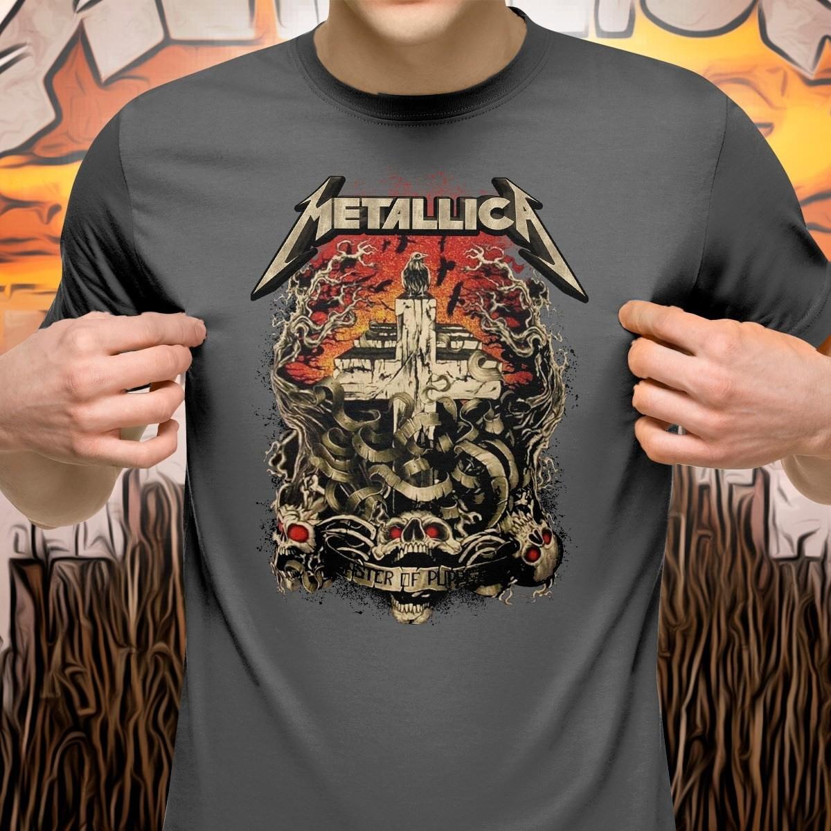 Camiseta Master Of Puppets: Metallica (Cinza)