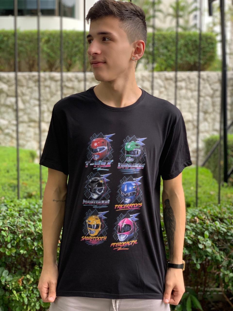 Camiseta Mighty Morphin Power Rangers (Preto)