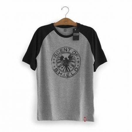Camiseta Shield - Studio Geek