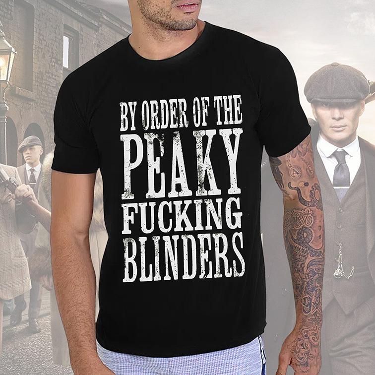 Camiseta Unissex By Order Of The Peaky Fucking Blinders: Peaky Blinders (Preta) - EV