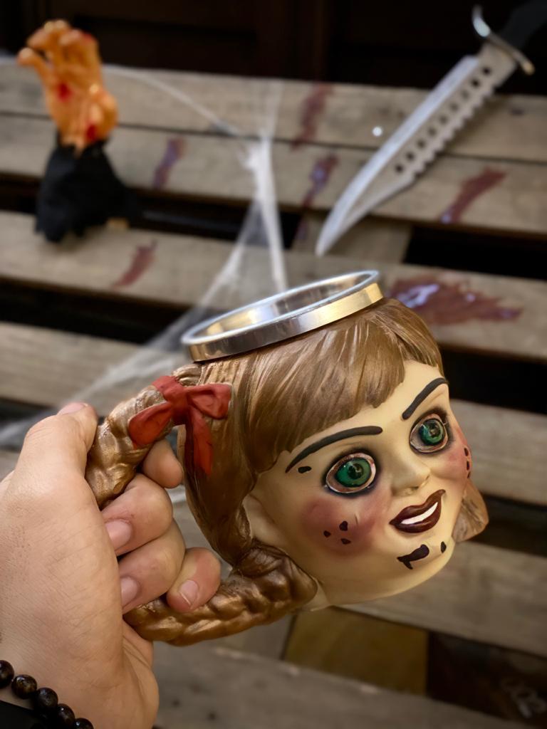 Caneca 3D Boneca Annabelle - EV