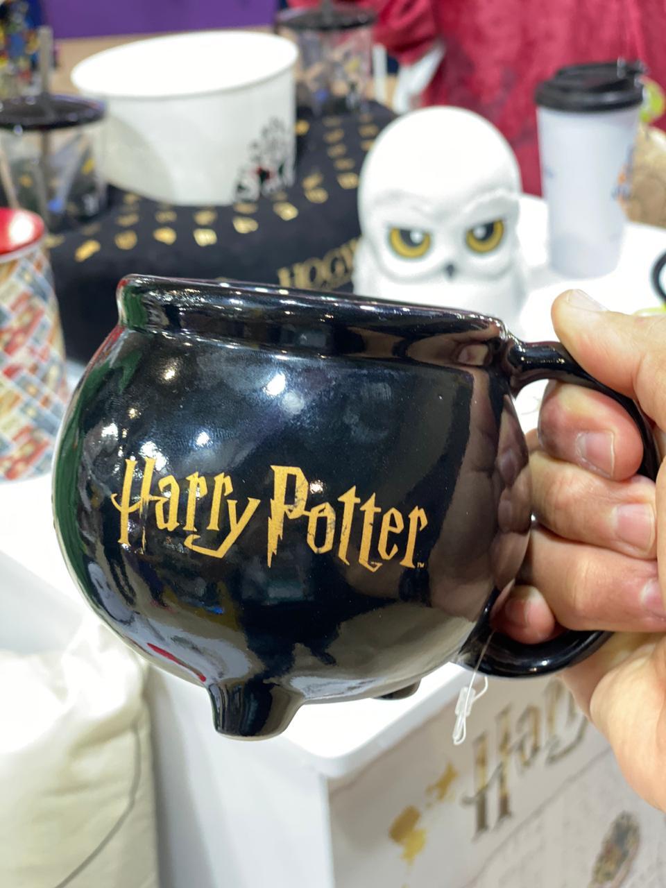 Caneca 3D Caldeirão Hogwarts: Harry Potter 500ml