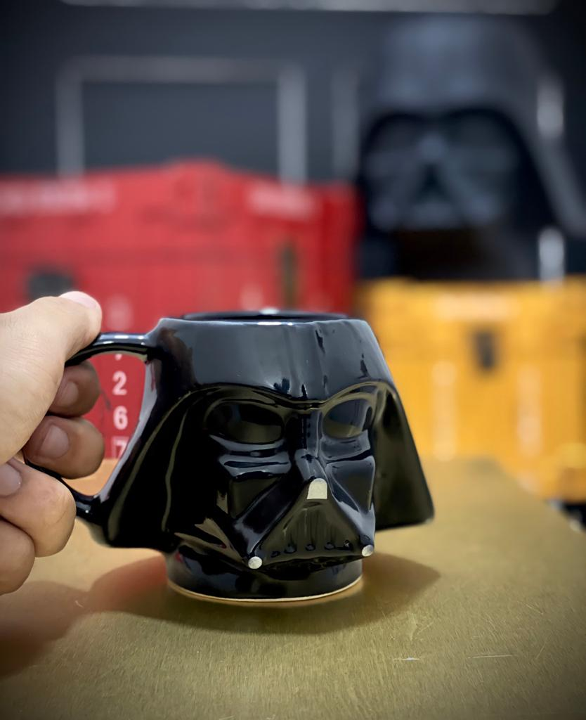 Caneca 3D Capacete Darth Vader: Star Wars 500 ml