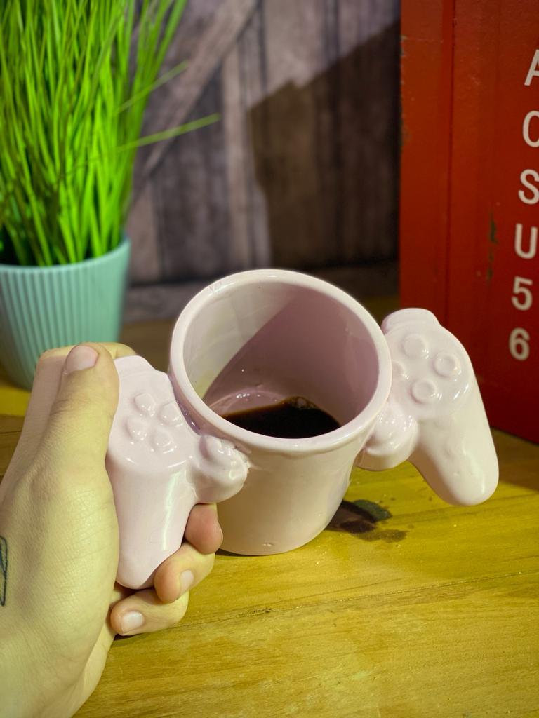 Caneca 3D Controle: Playstation Rosa (Pequenos Detalhes Na Cerâmica)