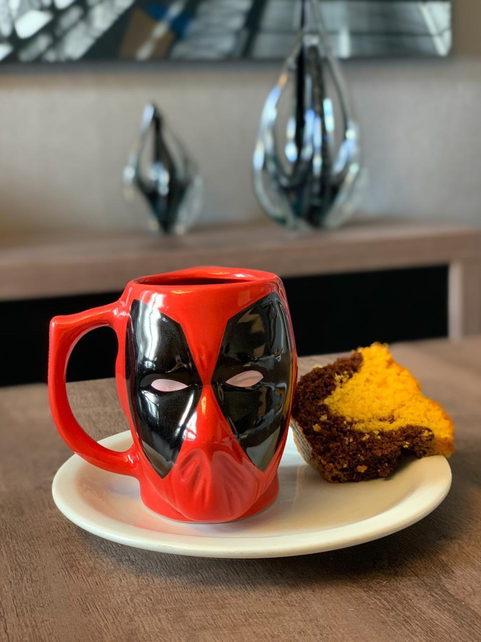 Caneca 3D Deadpool: Marvel - 350ML