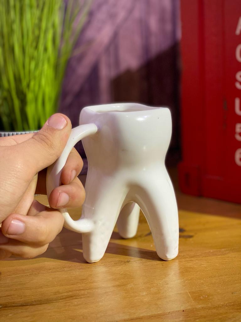 Caneca 3D Dente (Pequenos Detalhes Na Cerâmica)