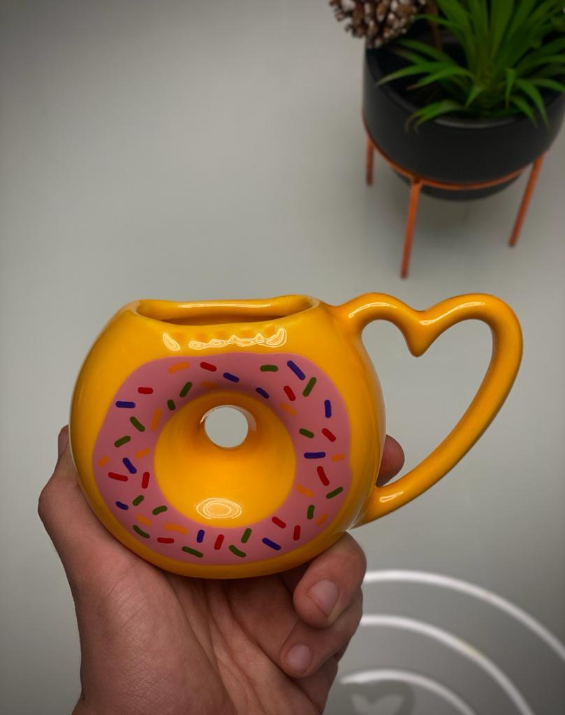 Caneca 3D Donuts Morango 500ml