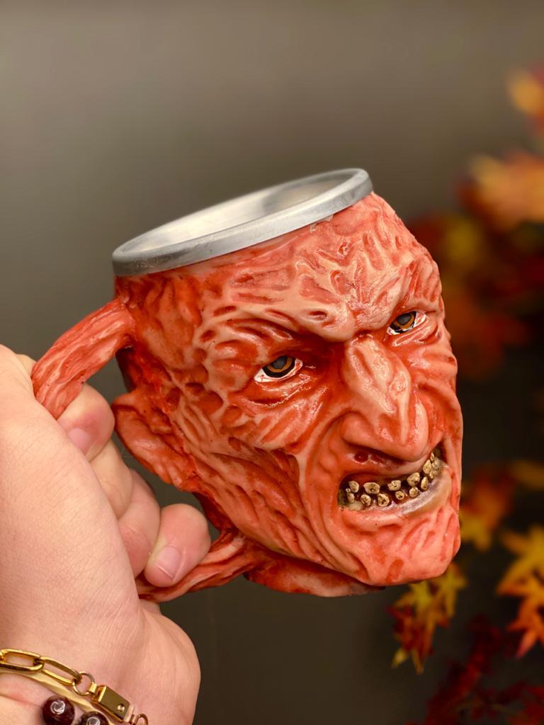 Caneca 3D Freddy Krueger (300ml)