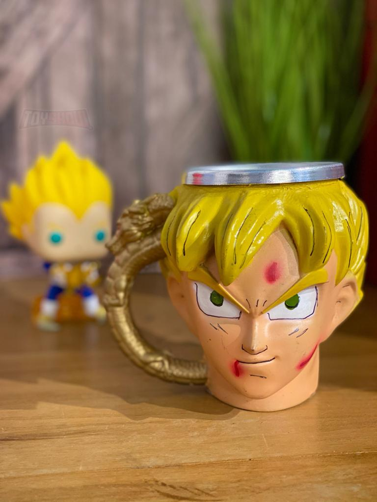 Caneca 3D Goku Super Sayajin: Dragon Ball Z (Modelo 2)