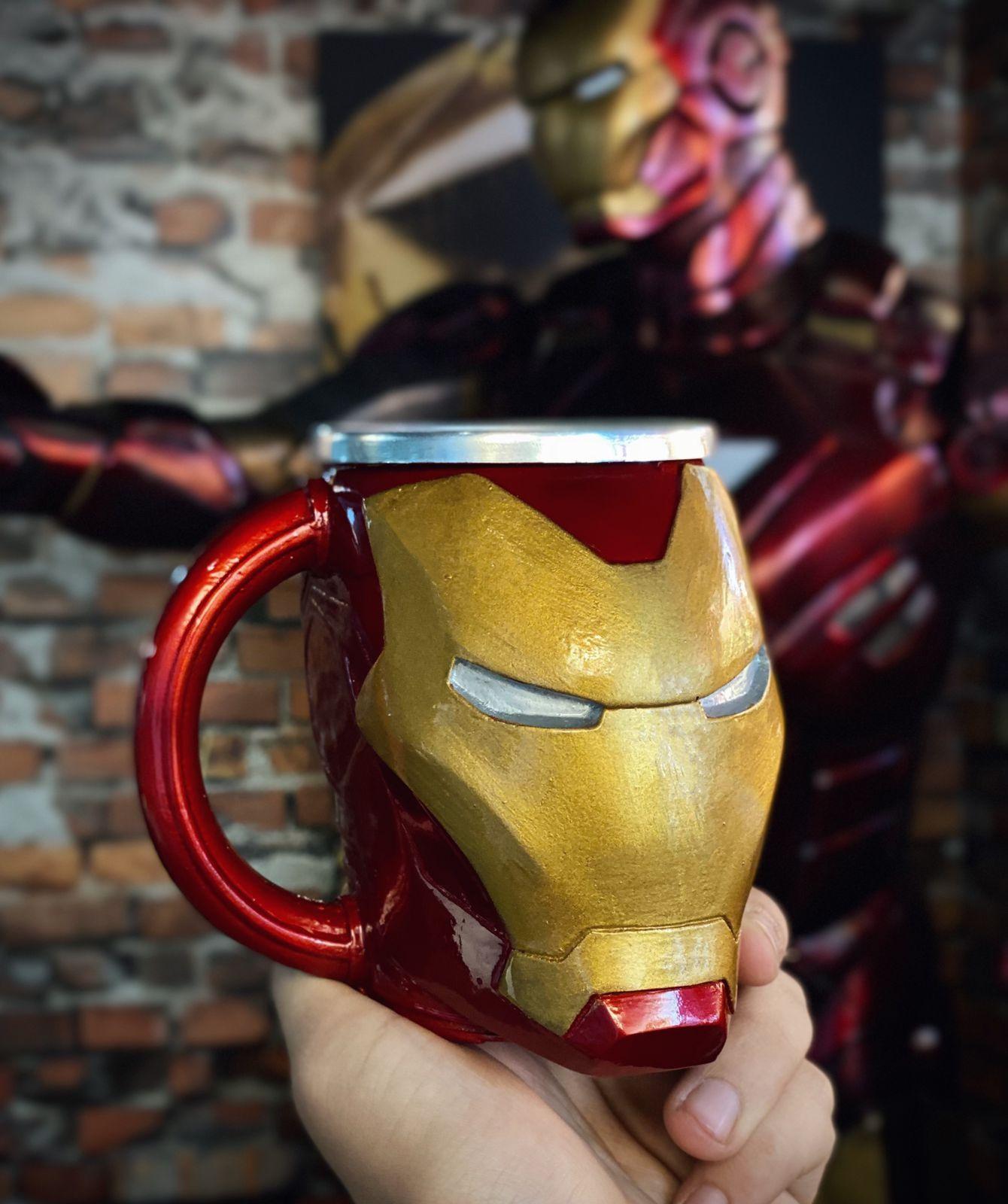 Caneca 3D Homem de Ferro Iron Man: Marvel Comics 350 ml