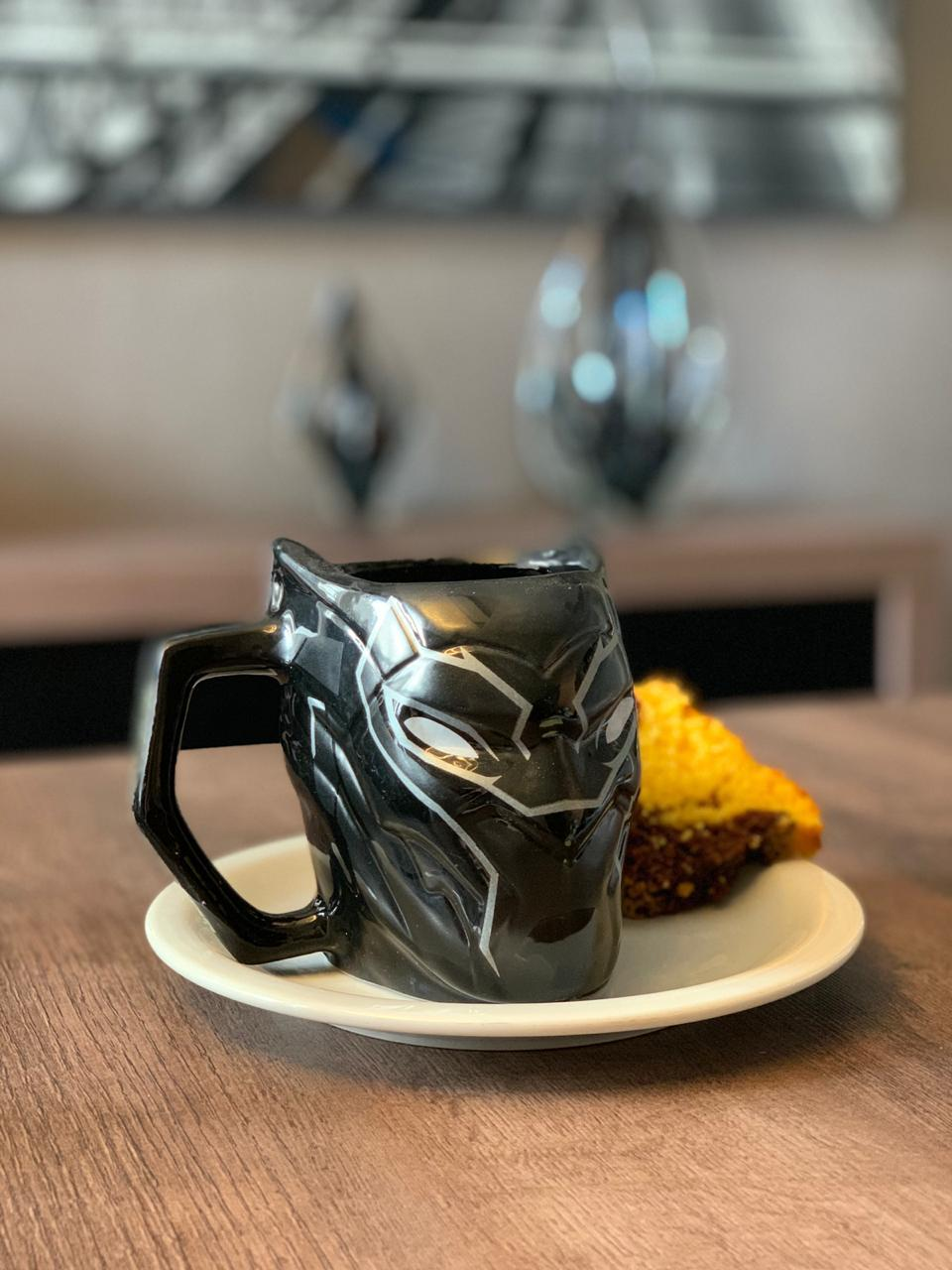 Caneca 3D Pantera Negra (Black Panther): Marvel - 450ML