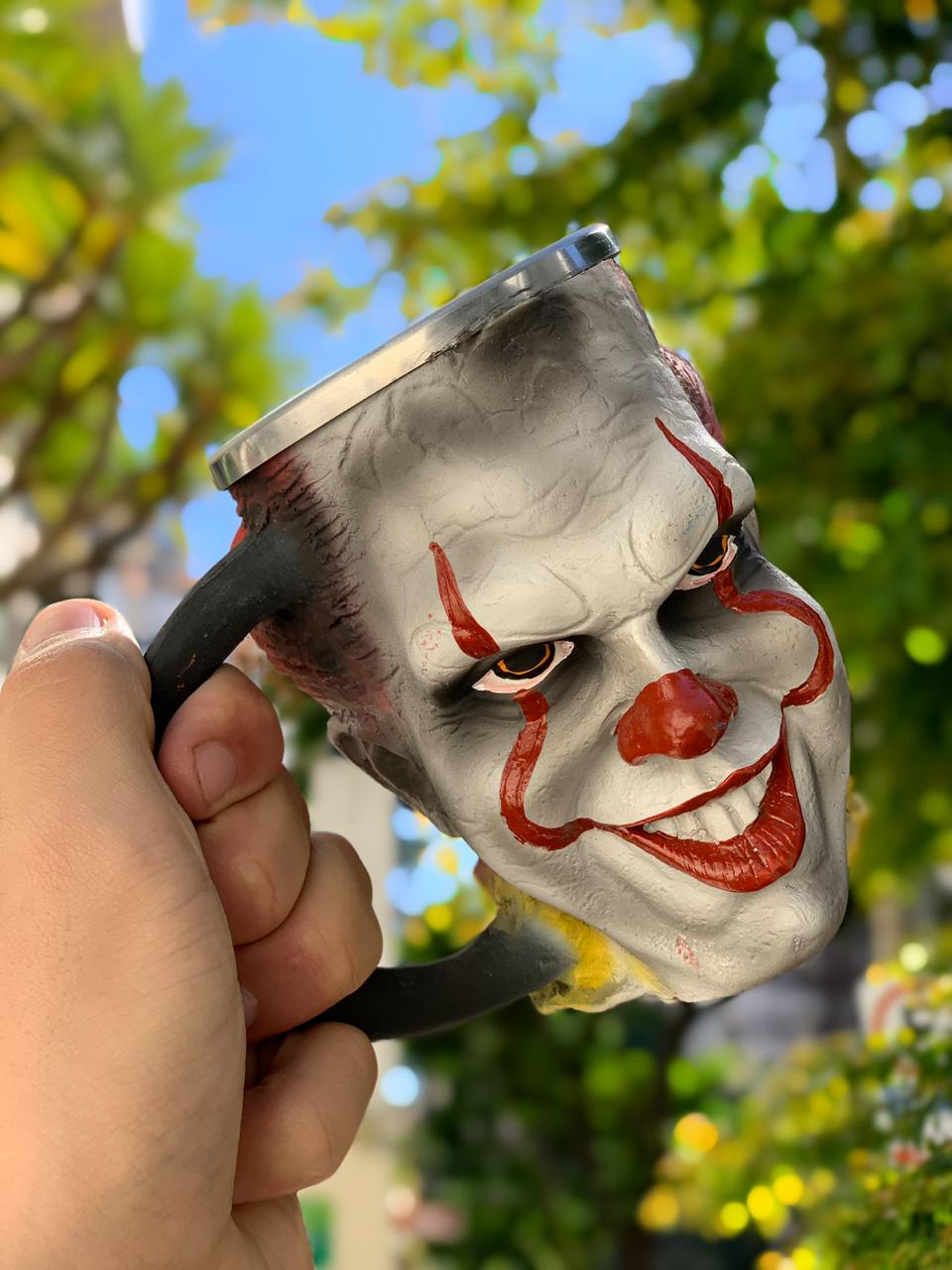 Caneca 3D Pennywise: It (A Coisa) (300ml) - EV