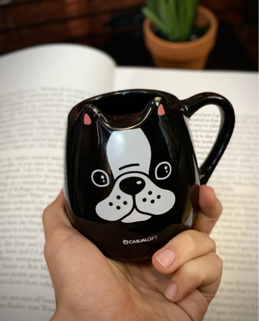 Caneca 3D Pet Cachorro Preto Pequenos Detalhes na Cerâmica e Decalque 350ml