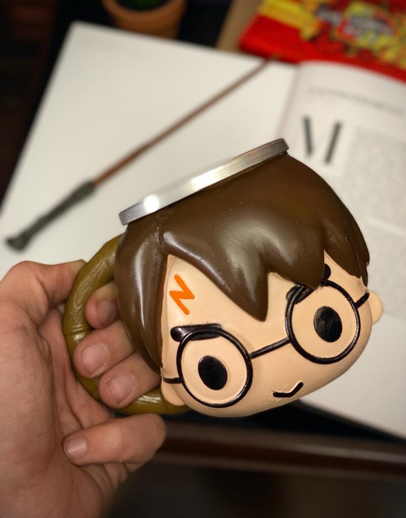 Caneca 3D Rosto Cabeça Bruxo Harry Potter: Harry Potter - EV