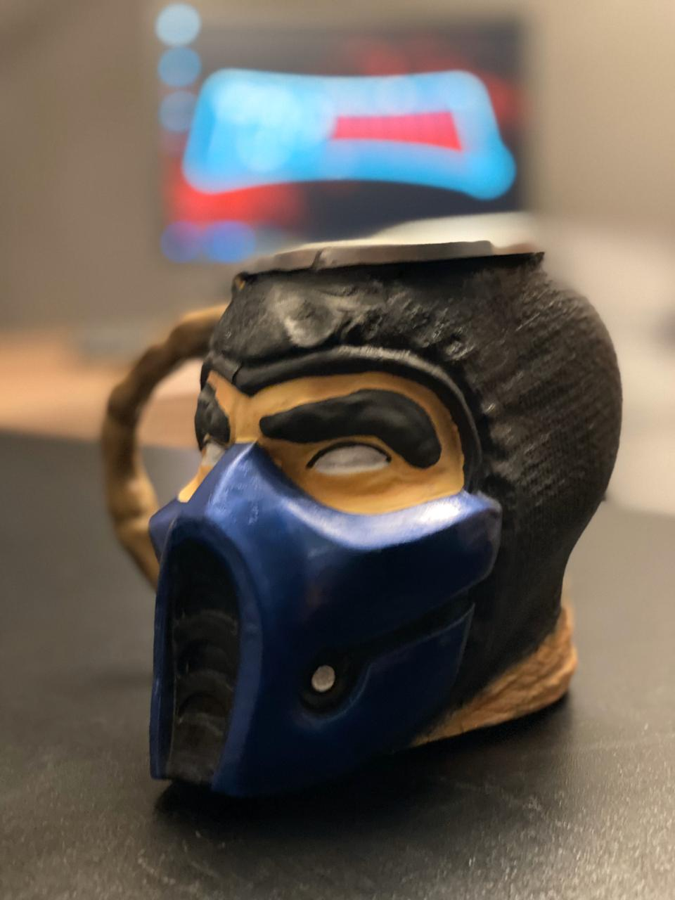 Caneca 3D Sub-Zero: Mortal Kombat (300ml)