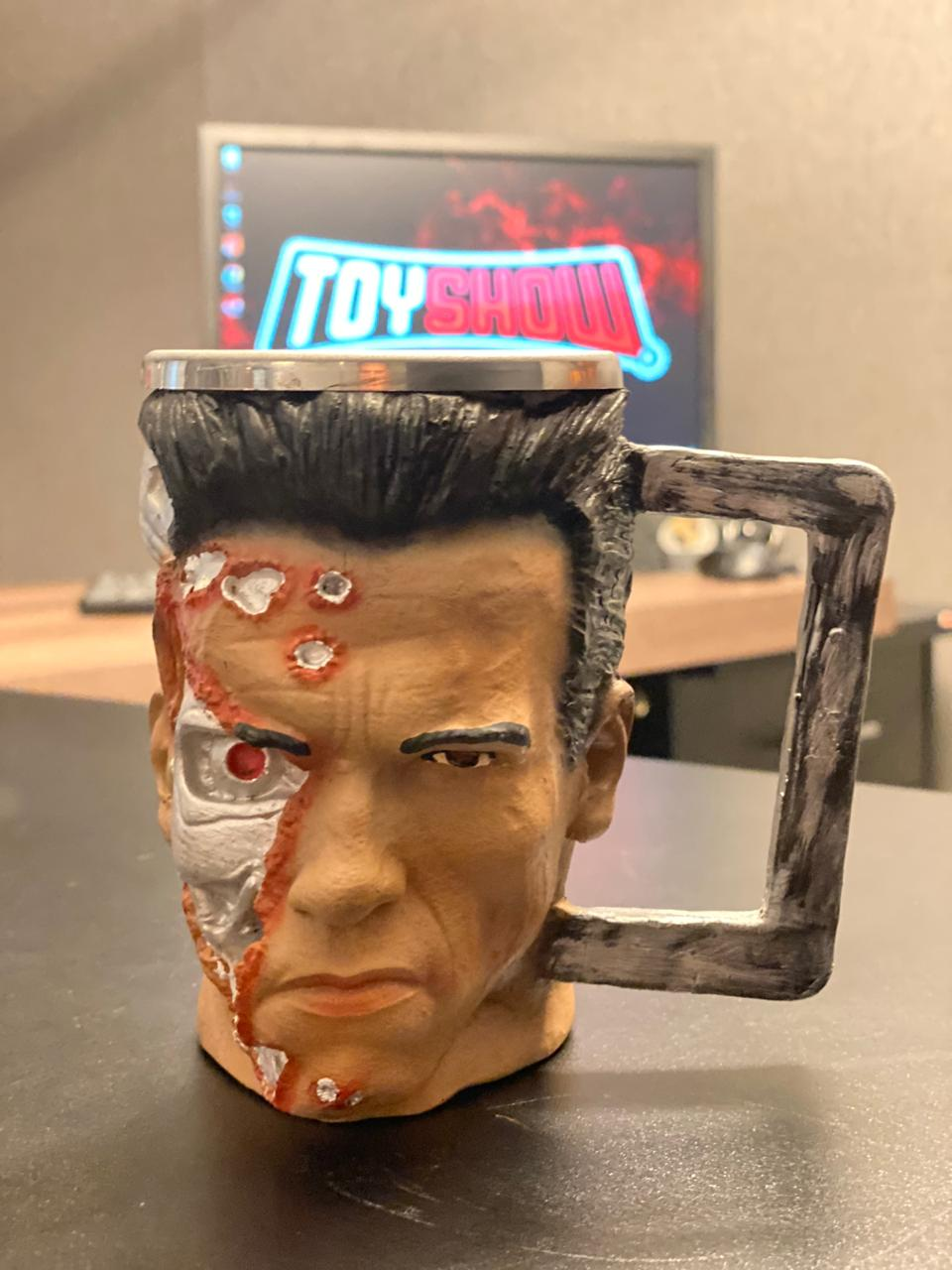 Caneca 3D T-800: O Exterminador do Futuro (Terminator) (300ml)