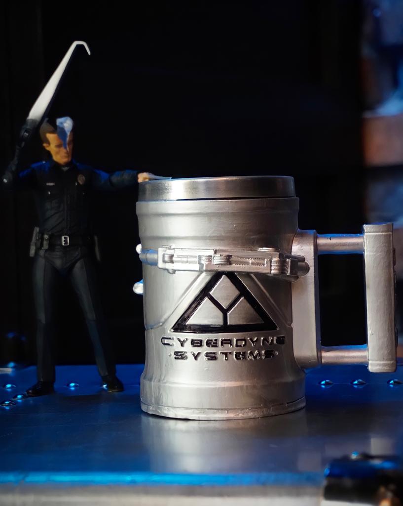 Caneca 3D T-800: O Exterminador do Futuro Terminator Cyberdyne Systems 300ml - EV