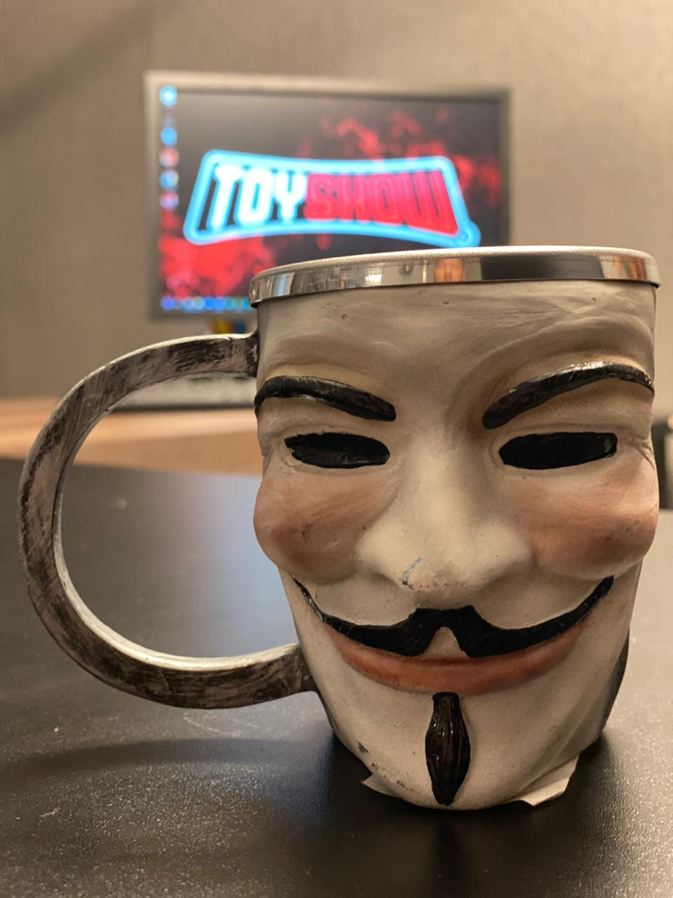 Caneca 3D V: V de Vingança (V for Vendetta) 300ml