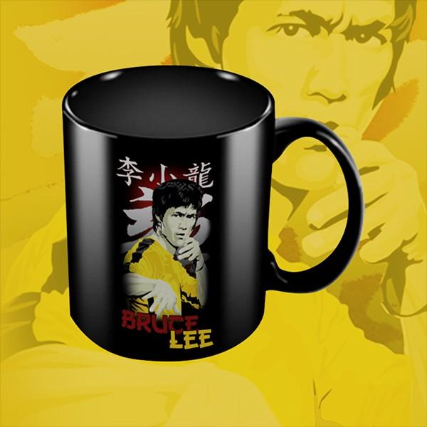 Caneca A Lenda de Bruce Lee (Preta)  - EV