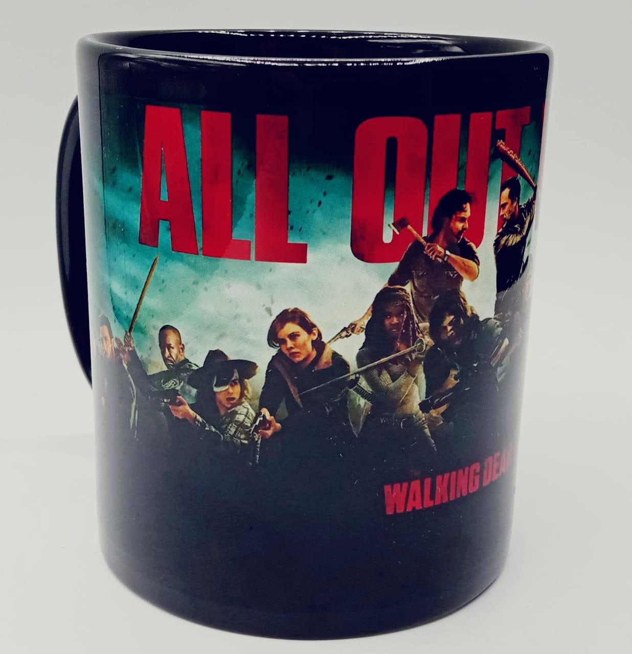 Caneca All Out War: The Walking Dead (Preta)