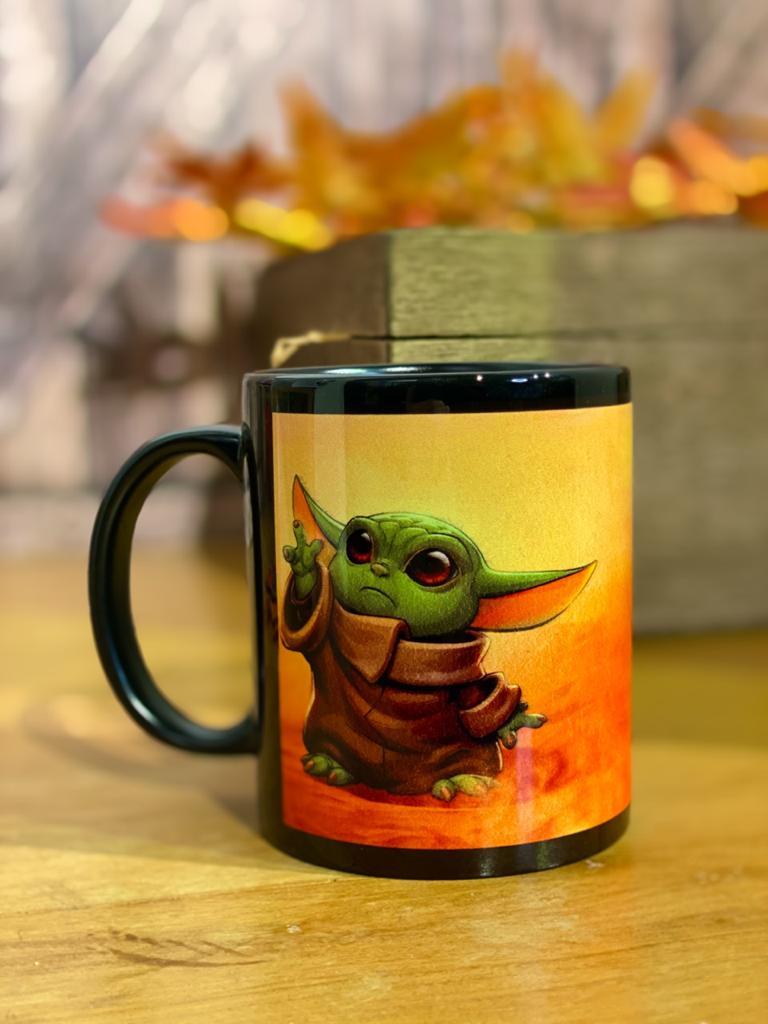 Caneca Baby Yoda (The Mandalorian): Star Wars - Exclusiva ToyShow