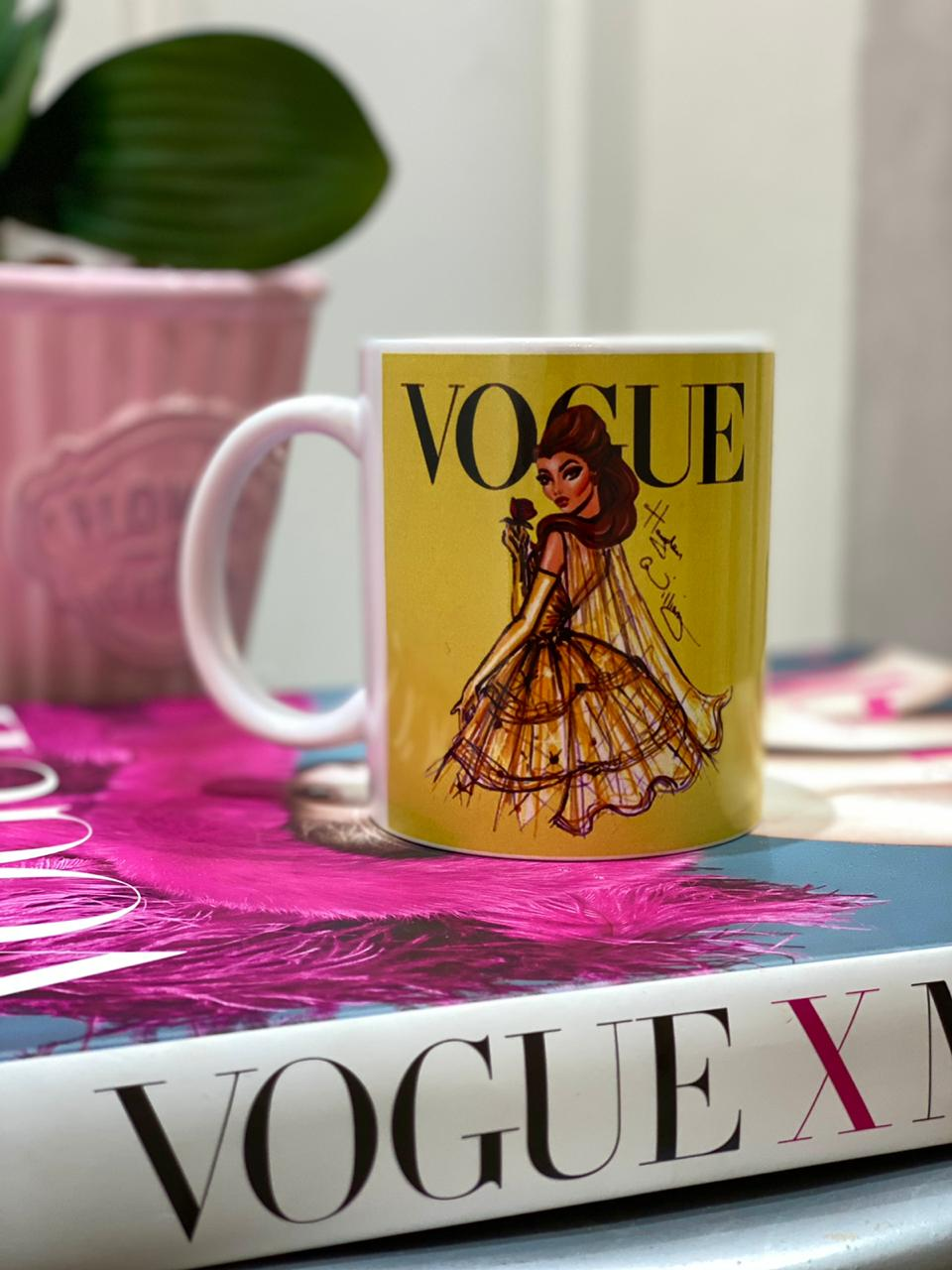Caneca Bela (Vogue): Princesas Disney