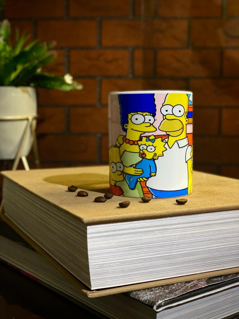Caneca Branca Família Simpson
