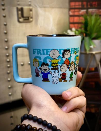 Caneca Buck Friendship Goals Snoopy Charlie Brown Peanuts 400ml