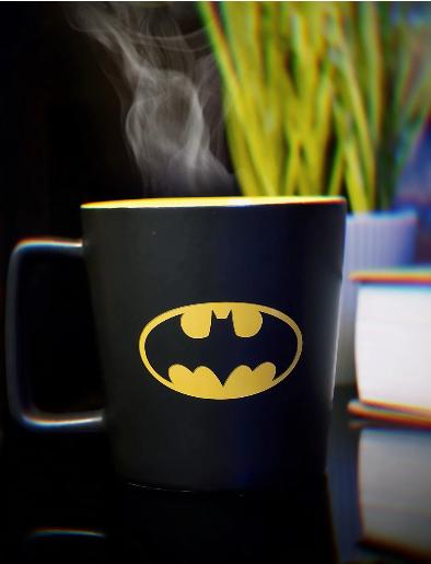 Caneca Buck Logo Batman Cinza e Amarelo DC Comics 400ml - Zona Criativa