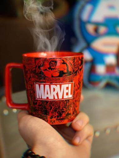 Caneca Buck Marvel Vingadores Classicos HQ Vermelho - Marvel Comics 400 ml