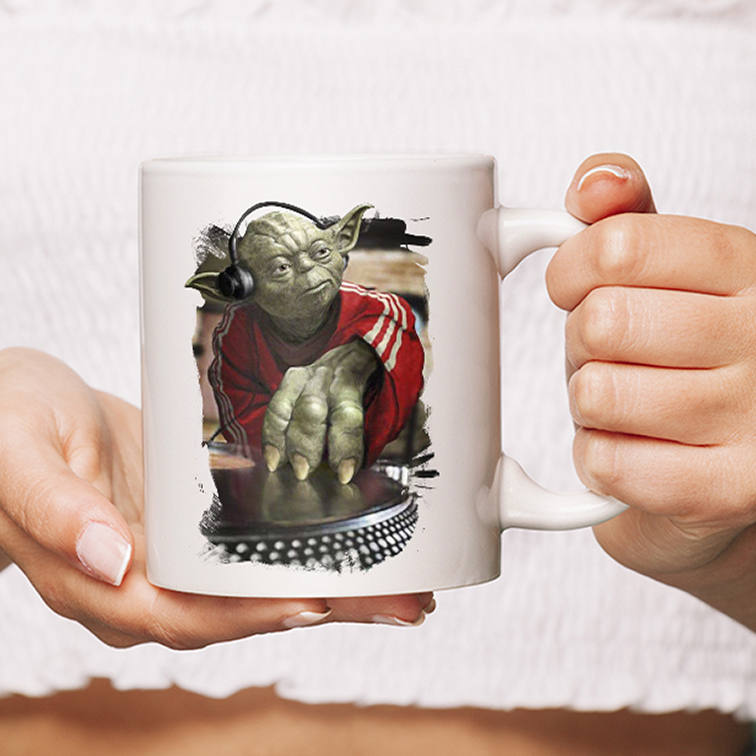 Caneca Caneca Yoda Night Dj Music: Star Wars (Branca) - EV