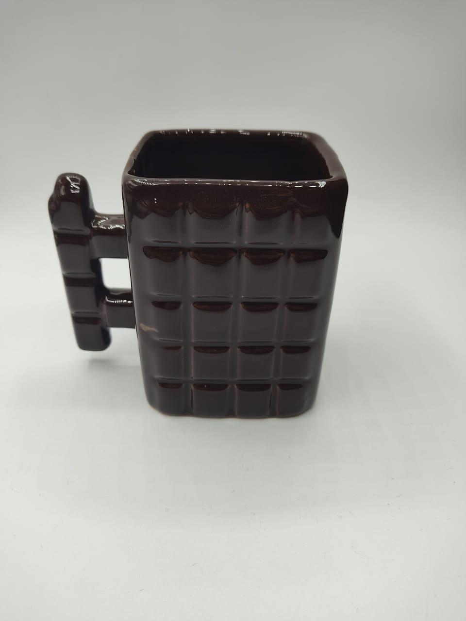 Caneca Chocolate (Pequenos Detalhes Na Cerâmica)