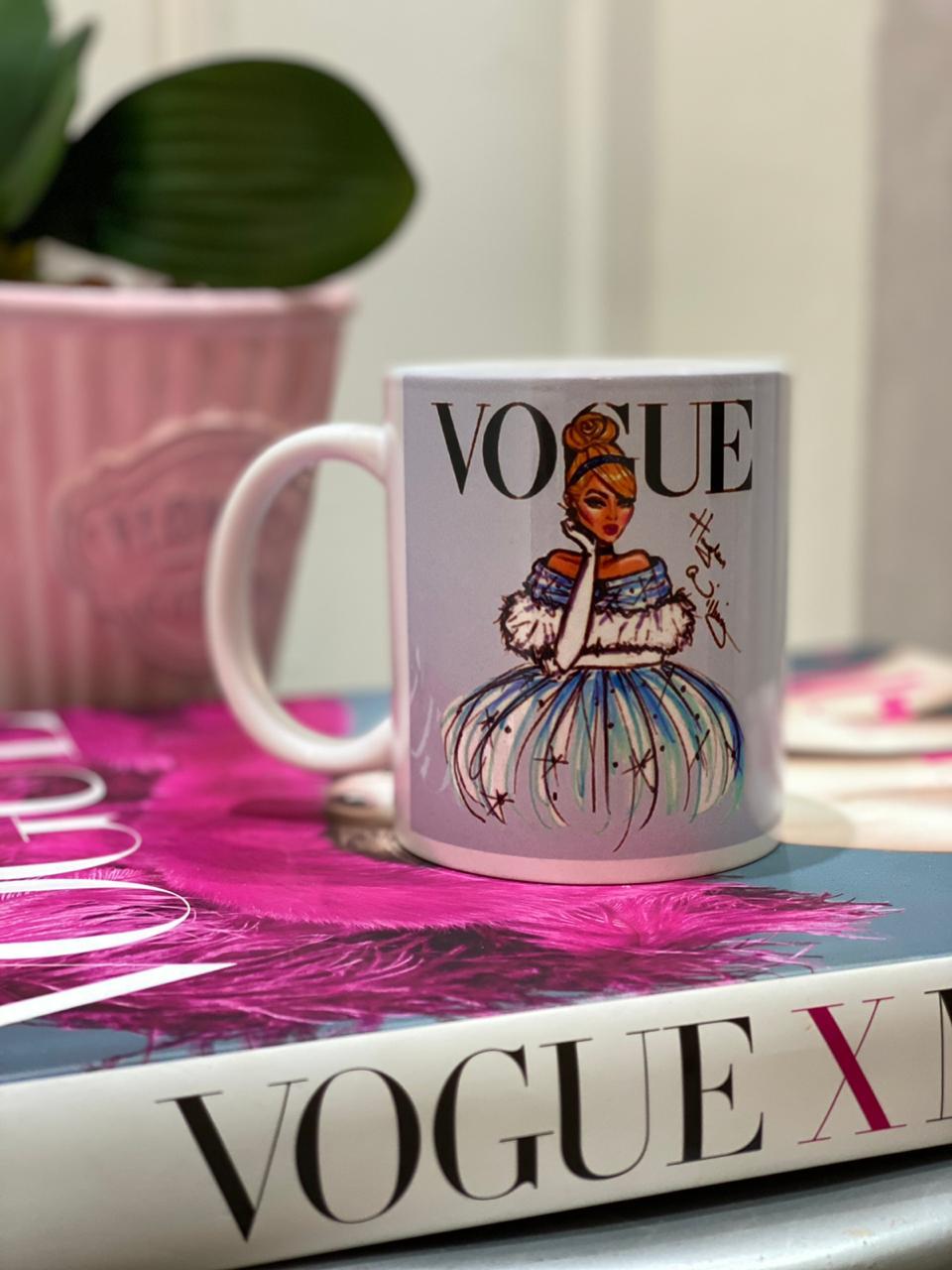 Caneca Cinderela (Vogue): Princesas Disney